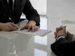 Contratto di cessione di quote societarie
